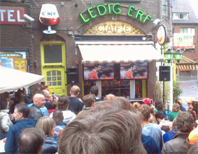 Watch EK-soccer at Dutch café Ledig Erf